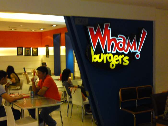 The entrance of Wham's Shangri-la branch.