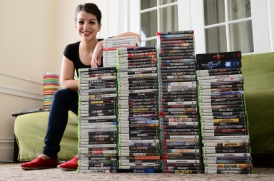 Does this pic prove that she's a gamer?