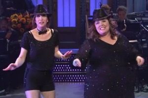 Kristen Wiig and Melissa McCarthy actually being funny.